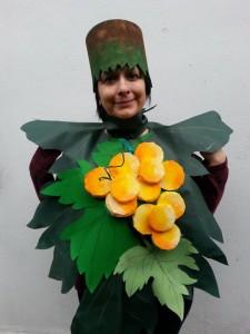 Prototipo di abito vegetale, albana romagnola, creato per il laboratorio di alunni di clase prima